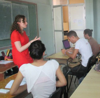 Glendon student teaching in Cuba classroom