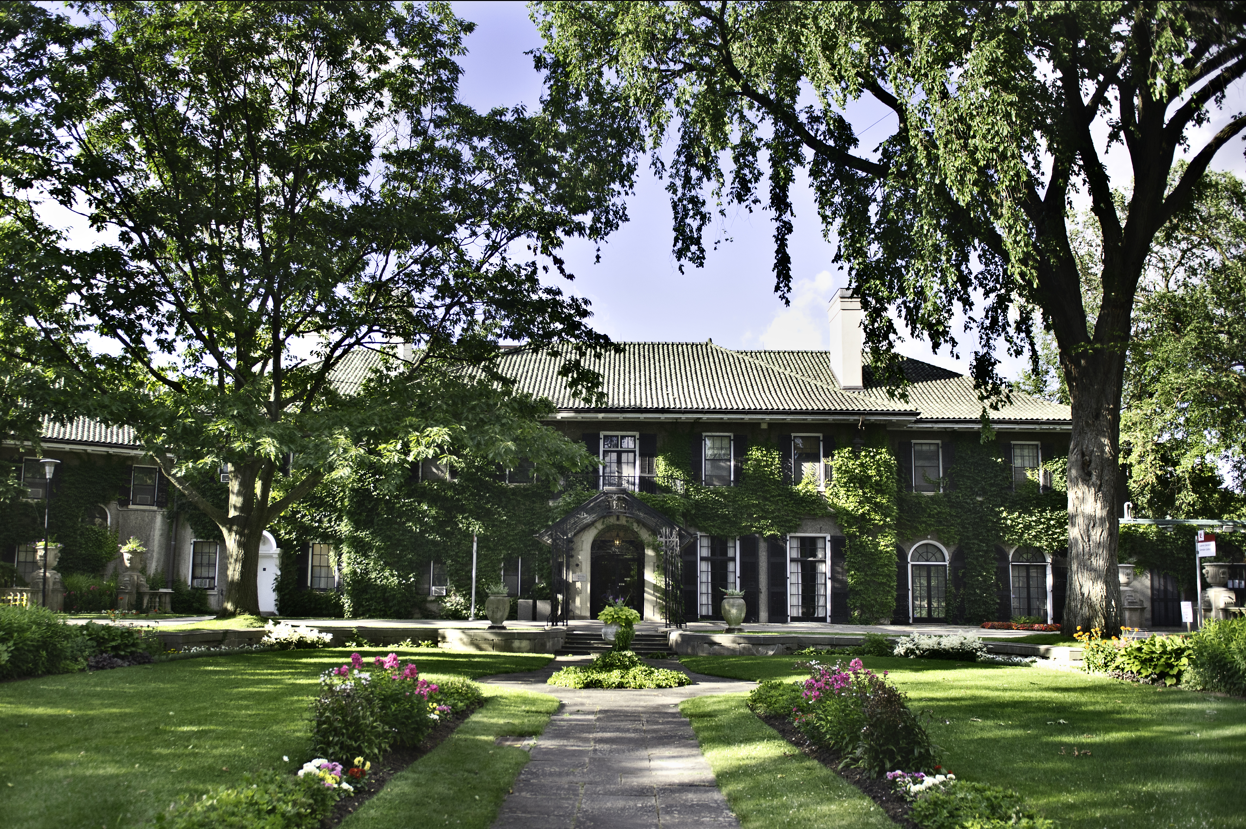 Glendon Hall