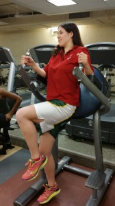 Alessandra shows how not to do a knee raise!